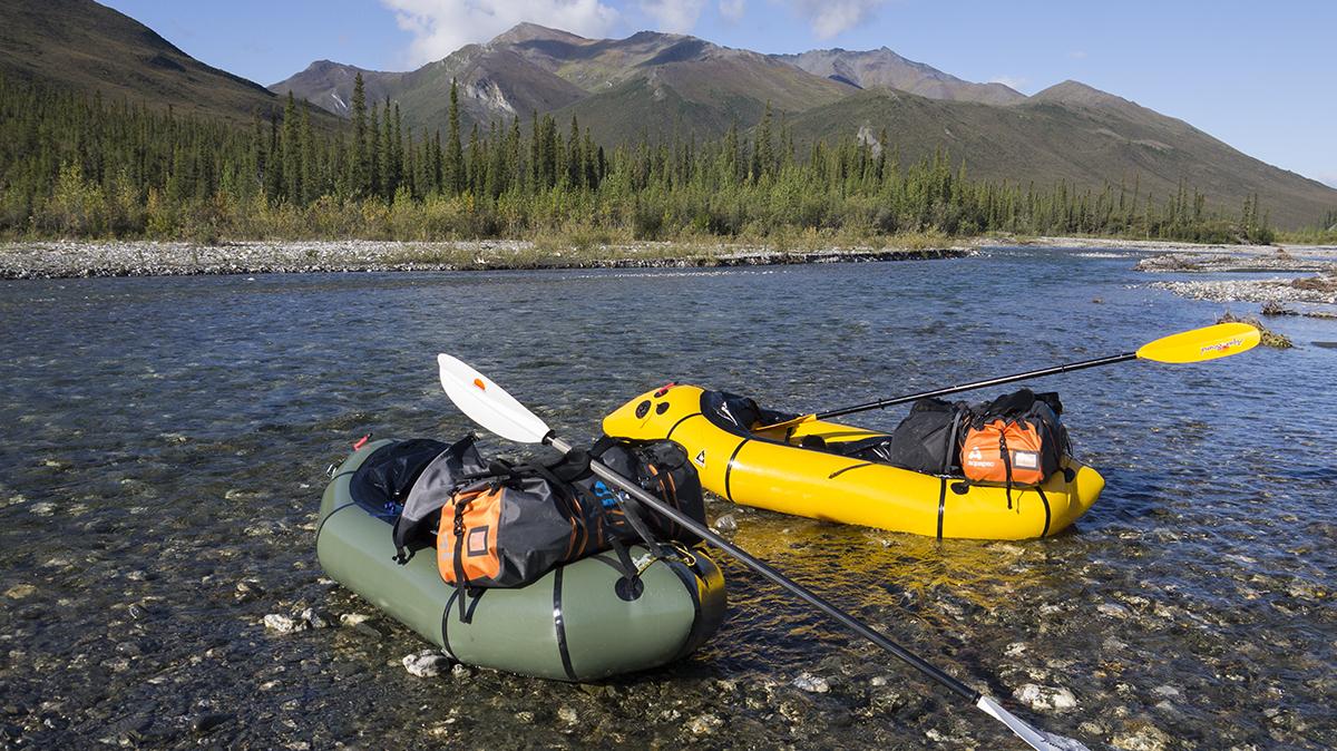 Alpacka_raft_Denali_liama_Alaska